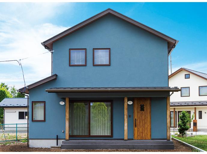 ブルーグレー塗り壁-アメリカンシャビーハウス-